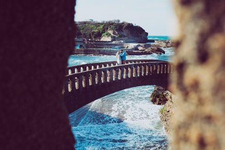 Isabelle-Palé-Photographe_seance-photos-couple-Biarritz-grande-plage-Anglet-côte-basque-cadeau-souvenirs_016
