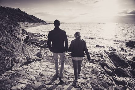 Isabelle-Palé-Photographe_seance-photos-couple-guethary-côte-basque-plage-nature-souvenirs_08