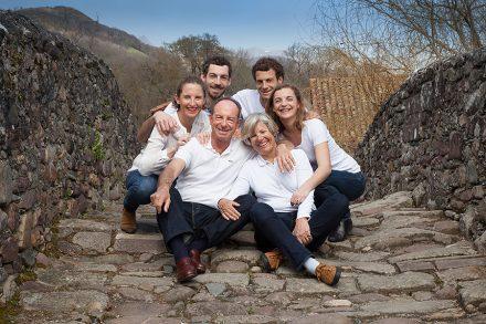 Isabelle-Palé-Photographe_seance-photos-famille-pays-basque-cadeau-souvenirs-Bayonne-Baigorry_07