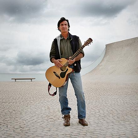 Isabelle-Palé-photographe_guitariste-cité-ocean-biarritz