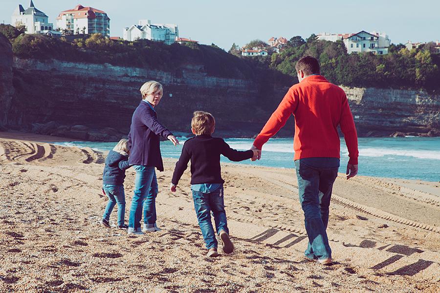 Isabelle-Pale-Photographe_Anglet-Biarritz-seance-photos-famille-plage-souvenirs_01