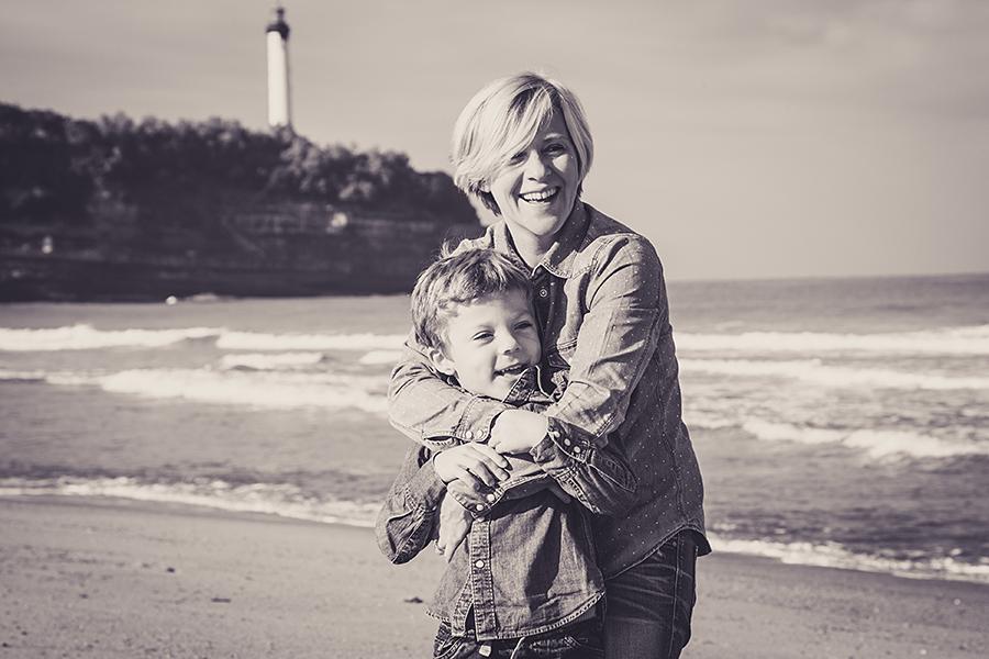 Isabelle-Pale-Photographe_Anglet-Biarritz-seance-photos-famille-plage-souvenirs_012