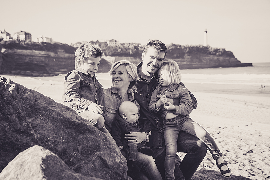 Isabelle-Pale-Photographe_Anglet-Biarritz-seance-photos-famille-plage-souvenirs_017