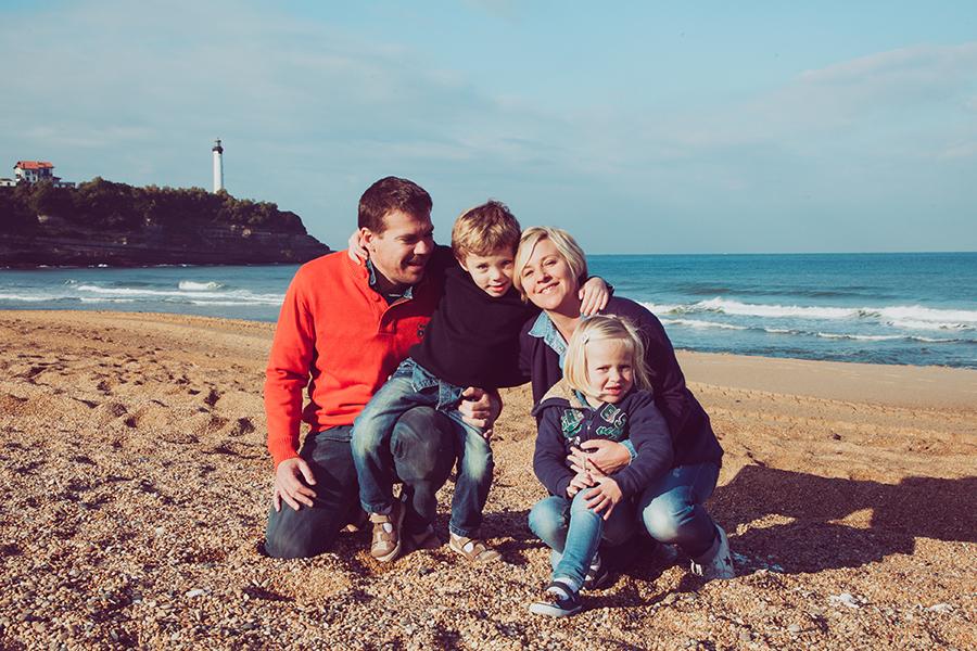 Isabelle-Pale-Photographe_Anglet-Biarritz-seance-photos-famille-plage-souvenirs_02