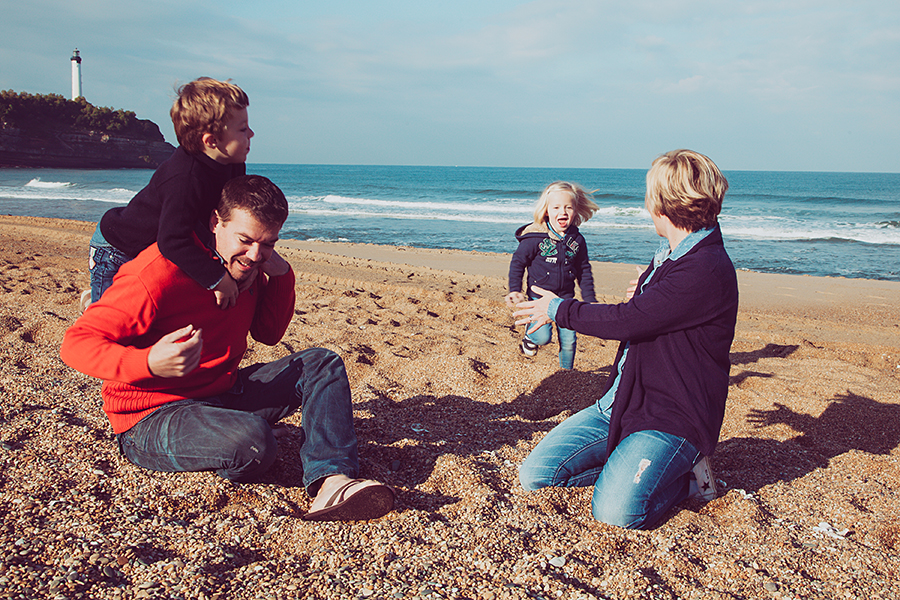Isabelle-Pale-Photographe_Anglet-Biarritz-seance-photos-famille-plage-souvenirs_05