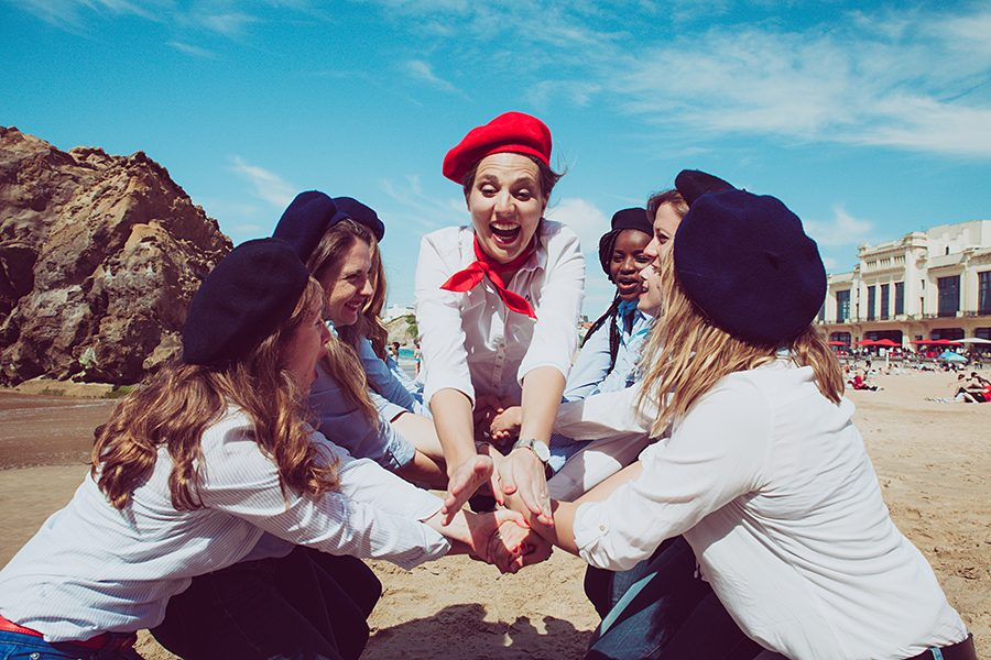 Isabelle-PALE-photographe_seance-photos-EVJF-Biarritz-Anglet-Bayonne-Pays-basque-fun-plage-delire-filles_012