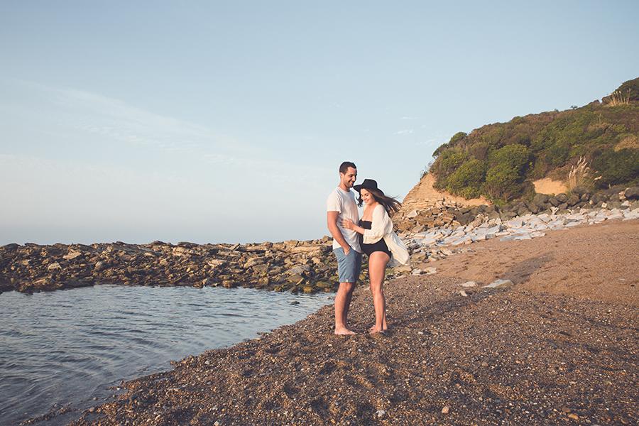 Isabelle-Pale-photographe-anglet-seance-photos-grossesse-femme-enceinte-couple-pays-basque-guethary-biarritz-lifestyle-plage-basque_0010