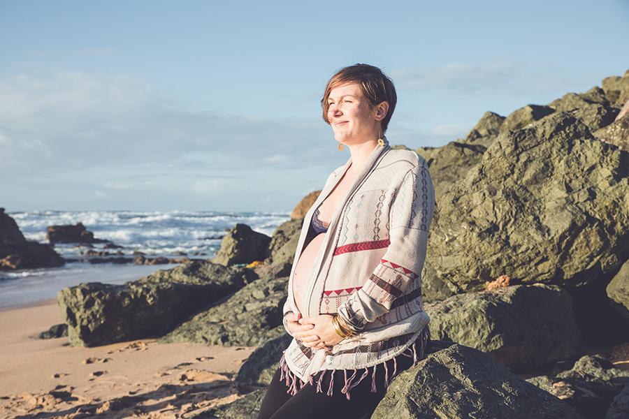 Isabelle-Palé-photographe-seance-photos-grossesse-femme-enceinte-cote-basque-biarritz-bayonne-anglet-tarnos-landes-maman-veille_0013